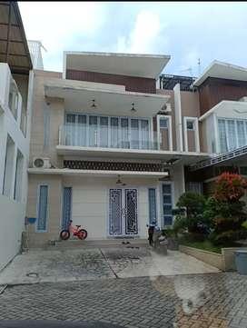 Villa Komp J CITY, Jl.Karya Wisata,Cluster J Crown Tahap 2