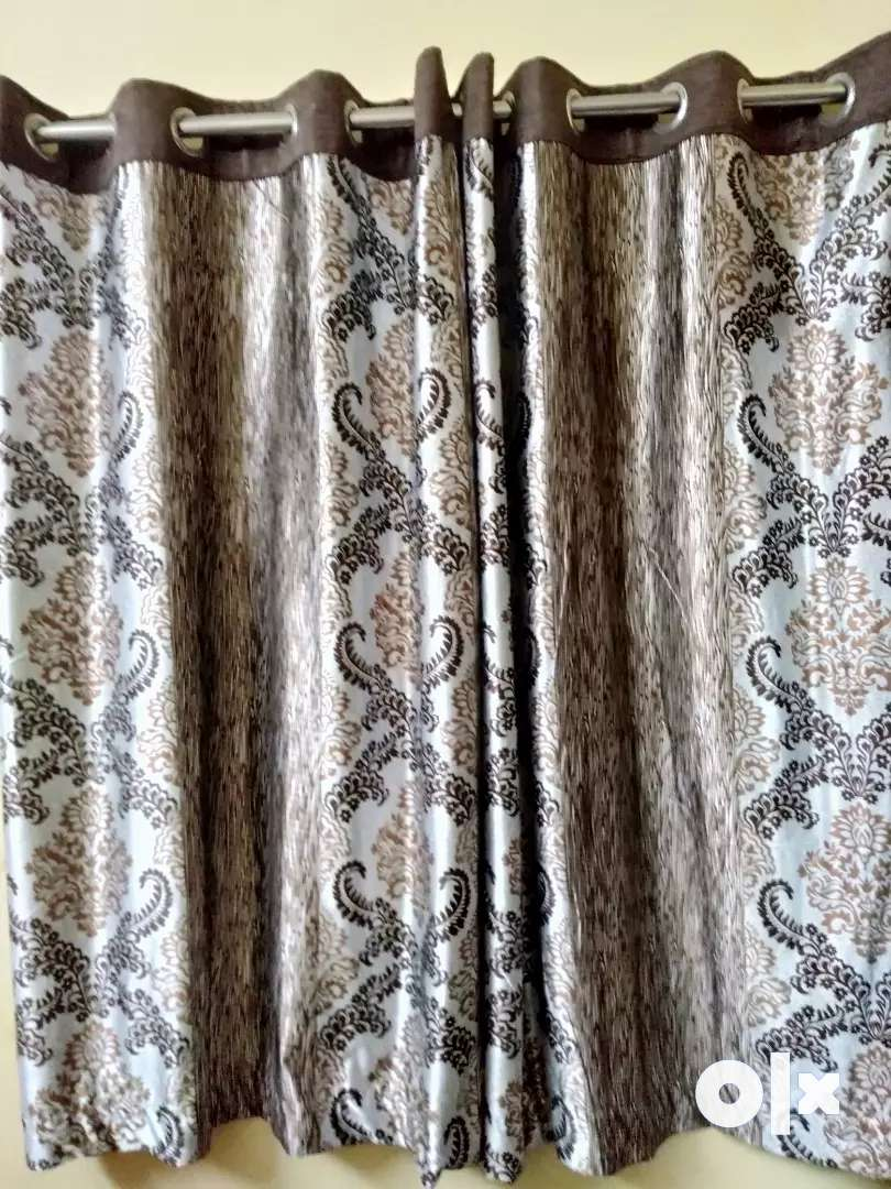 4 branded new curtains 0