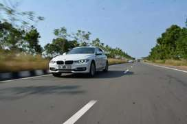 BMW FOR RENT(TEN THOUSAND RUPEES)