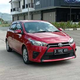 TOYOTA ALL NEW YARIS E M/T 2015 RED