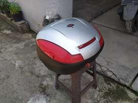 Box motor belakang merek KMI
