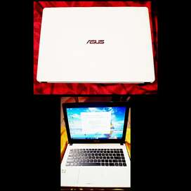 Laptop Asus RAM 4 hardisk 500 GB