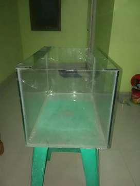 Aquarium ukuran L :25cm P: 40cm T: 25cm