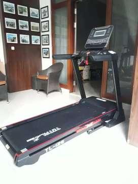 Treadmill fitur lengkap type 126 NEW