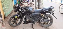 Black mat 180 cc. Age 3yers 2 mouths( NEGOTIABLE)