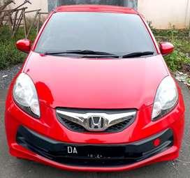 Jual santai mobil  kesayangan Brio Metic Merah Ferarri CKD