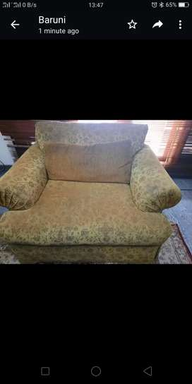 Satu set sofa 3 2 1