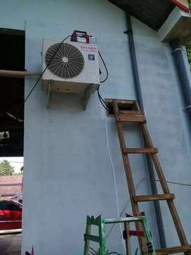 Servis AC Cleaning AC bergerak di bongkar pasang AC.pasang ac