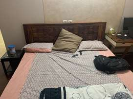 Sheesham king size bed- 6 months old