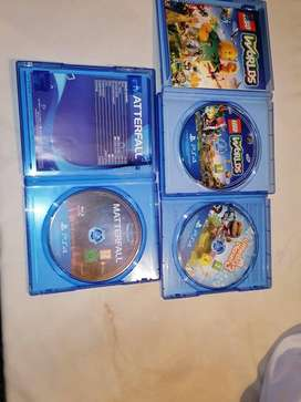 USED PS4 WITH SEVEN GAMES