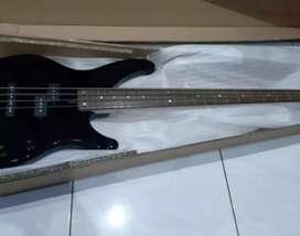 Bass yamaha TBRX 174