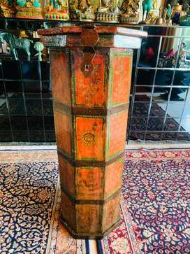 Antique Tibetan storage cylindrical chest with handmade paintings !