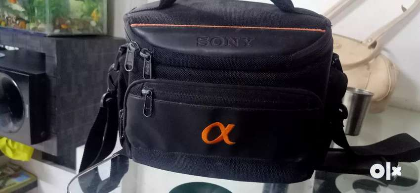 Selling sony @68 with 15-88mm lens 0