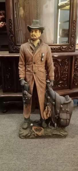 Action Figure Cowboy Figurine Ukuran 65x35cm