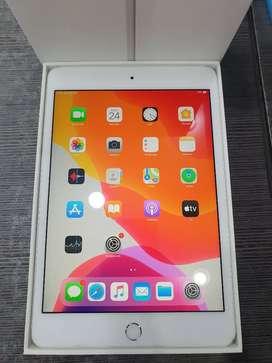 Ipad Mini 4 16Gb wifi only Silver ex Garansi nasional Ibox #MasterCom