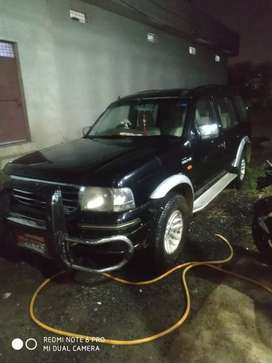 Ford Endeavour 2006 Diesel 180000 Km Driven