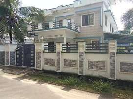 7.5 cent 3200 sqft 5 bhk house at paravur town near vazhikulangara