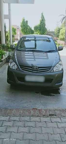 Toyota Innova 2011 ko