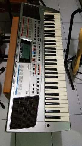 Borong keyboard roland + ampli