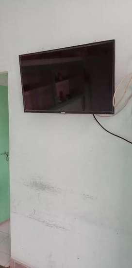 LED HD TV 32INCH