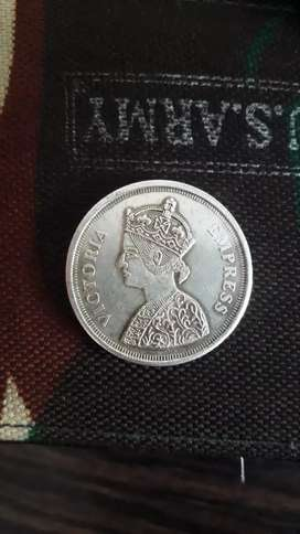 ₹.30.000 ..sell my old silver coin