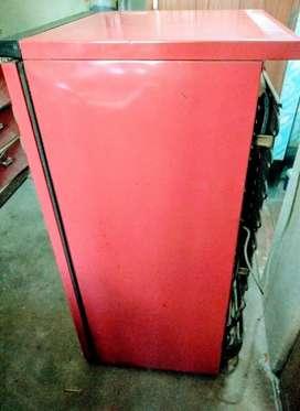 Kelvinator Refrigerator 165 lt