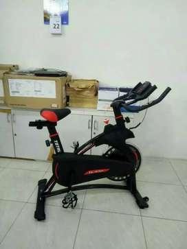 Alat fitnes sepeda statis spinning bike bisa kirim dan bayar di rumah
