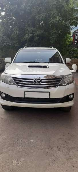 Toyota Fortuner 3.0 4x4 Automatic, 2013, Diesel