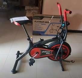 Alat olahraga_sepedah statis platinum bike