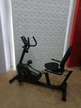 Sepeda statis recumben bike ( sepeda statis multifungsi )