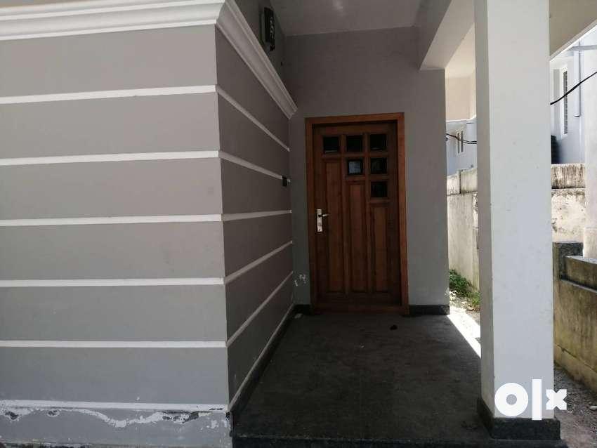 7 Cent Luxury Villa for Sale in Thiruvalla gated community 0
