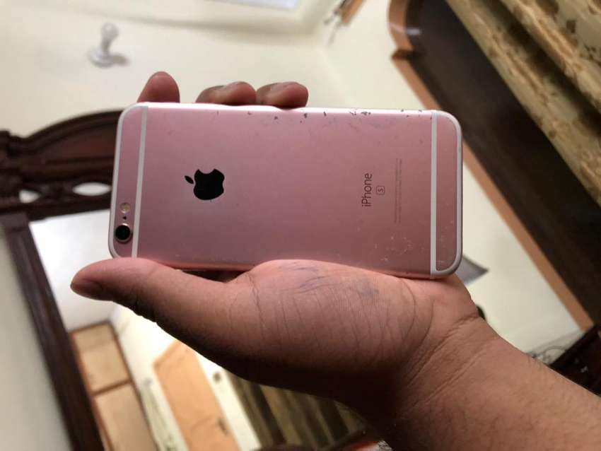Iphone 6s (16) full oky ha but 10/7 ha 0