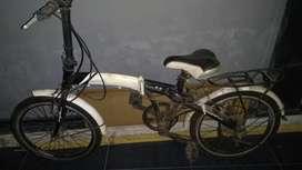 Dijual sepeda lipat merk Phoenix star classic FB