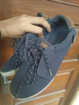 Dijual sepatu airwalk