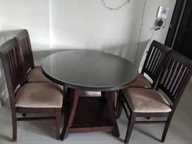 Dinning table with 4 chairs all wooden