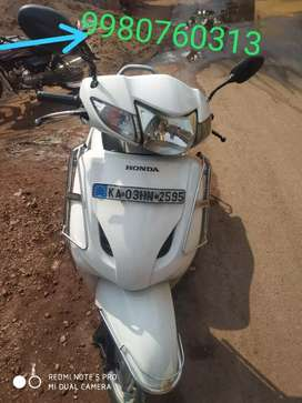 Activa single hand used