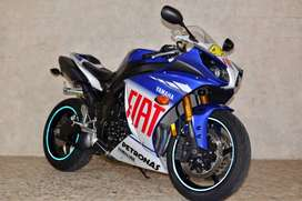 2010 YAMAHA YZF R1 VALENTINO ROSSI LIMITED EDITION