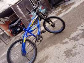 Important cycle for sale good conditions for 10 to12 years old boy.