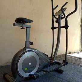 Eliptikal magnetik bike // Baru gak bersuara body besar