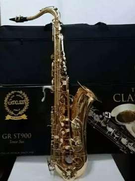 Alat musik tiup Saxophone Tenor