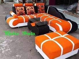 Rafie sofa/sofa sudut L Orange  kombinasi hitam Cream.