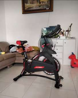 Spinning bike total fit
