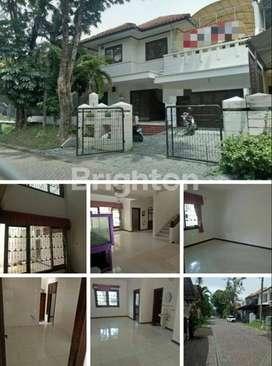 Rumah Graha Family bagus, terawat, lokasi nyaman, strategis.