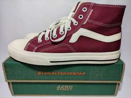Aerostreet Uk 42 Jhosse High Maroon - Sepatu Sneakers Casual Sport
