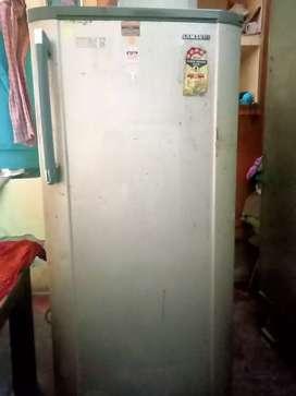 SAMSUNG FRIDGE SINGLE DOOR