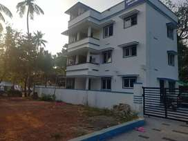 Doctors flat 2bhk roadside family only well water