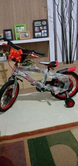 Sepeda BMX mini, untuk anak ukuran 16