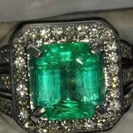 Natural Emerald Zamrud Columbia - cincin emas berlian harga BU