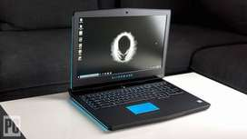 Dell Alienware 17 R4 6th Generation Intel Core i7-6700HQ
