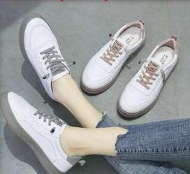 Sepatu Sneakers Wanita Casual Wear ala Korea Kualitas Super Premium